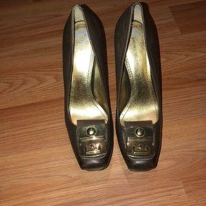 Nine West heels. Brown. Size 8